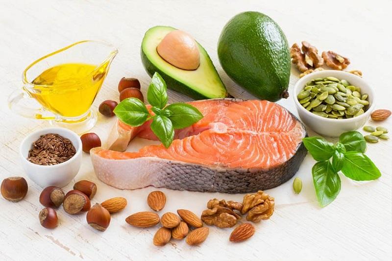 Nên lựa chọn nhiều thực phẩm protein khi cho con bú