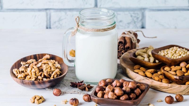 Sữa hạt là gì? Vì sao nên uống sữa hạt thường xuyên